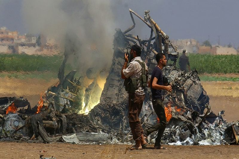 Russian helicopter on aid mission shot down in Syria