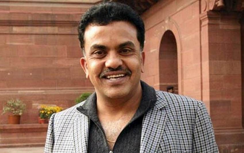 Mumbai Congress chief Sanjay Nirupam accuses Maharashtra CM for protecting housing minister