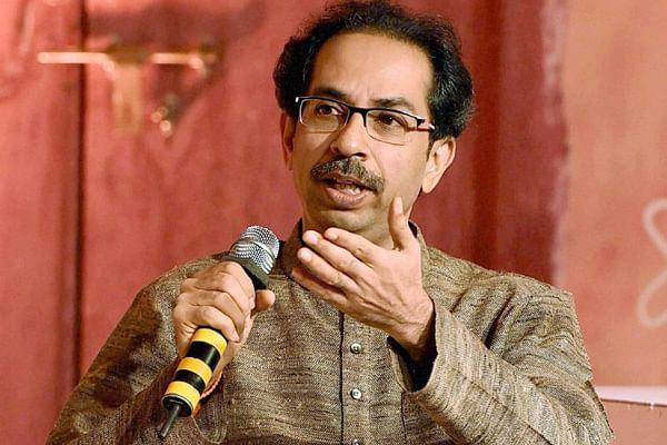 Sena takes a dig at Fadnavis over Mahad tragedy