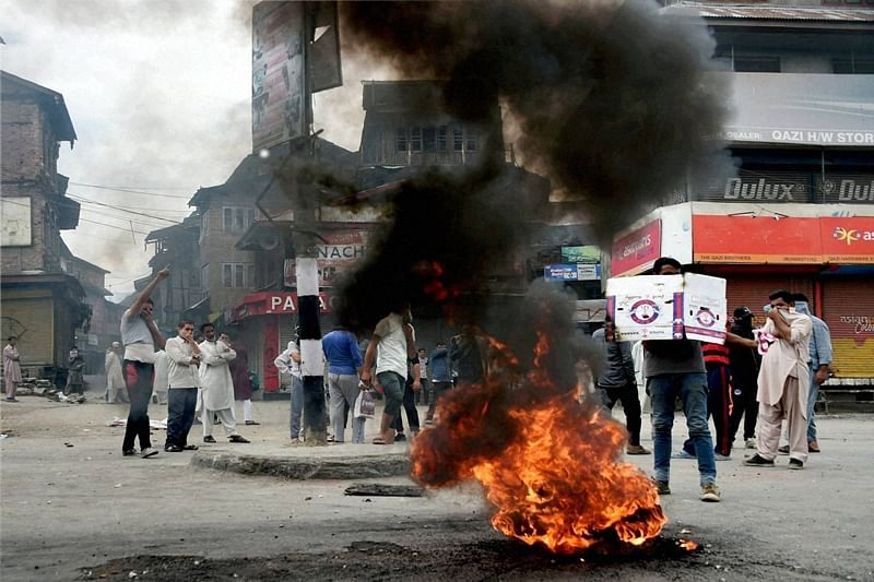 Kashmir violence: 2 killed in clashes with security forces; toll mounts to 75