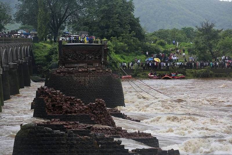 Ill-fated Mahad bridge was to be dismantled in December: Maharashtra government