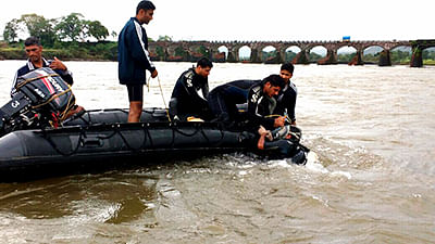 Mahad bridge mishap: 2nd ill-fated bus located