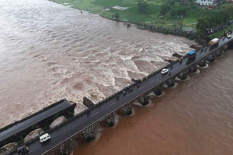 Audit old bridges, buildings in Goa: D'Souza