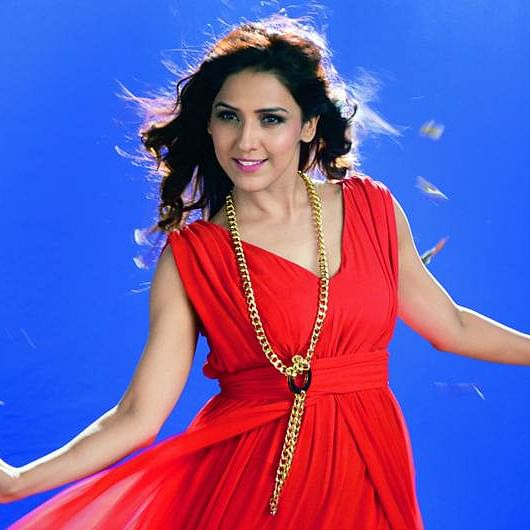 Women have lesser lines in duets in films: Neeti Mohan