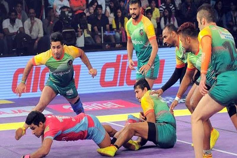 Patna Pirates thump Jaipur Panthers to retain Pro Kabaddi League title