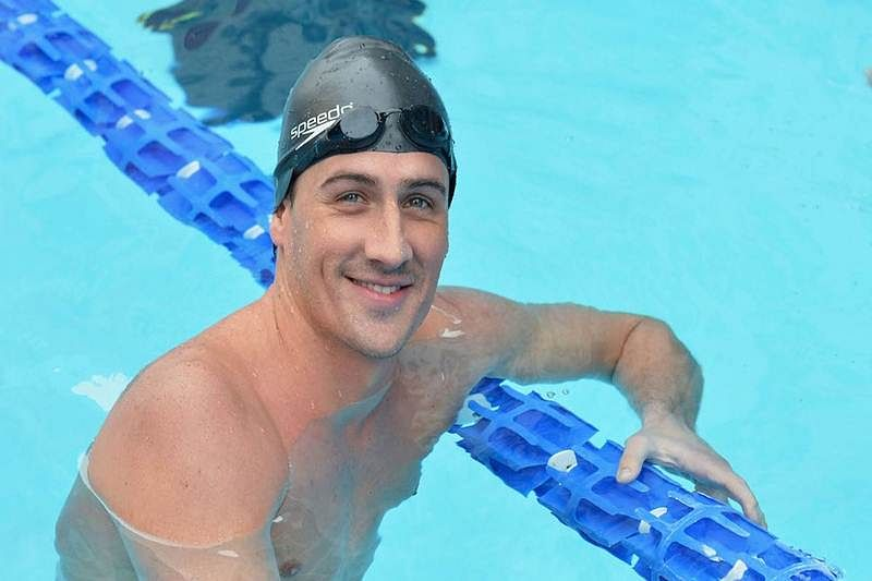 Brazil police detain two US swimmers on plane
