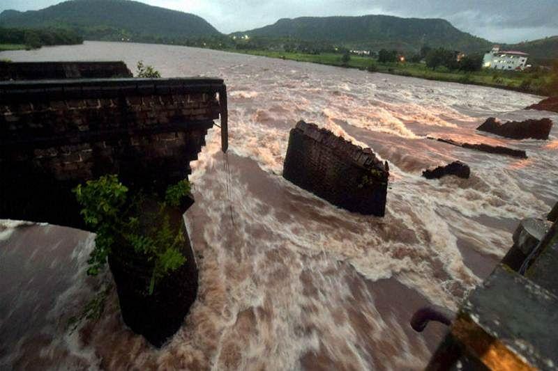 Maha BJP offers jobs to kin of Mahad bridge collapse victims
