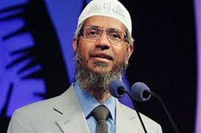 Govt may face dilemma over prosecuting Zakir Naik: Analysts