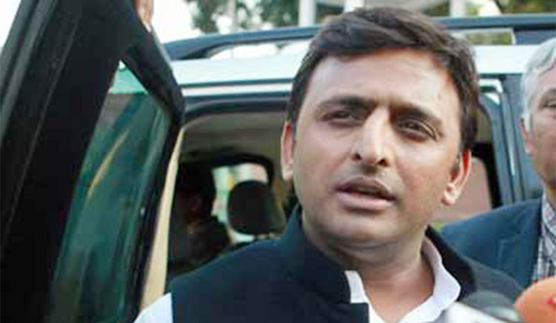 Controversy dogs Monday's Akhilesh ministry expansion