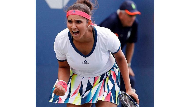 Sania Mirza slams those posting food pictures, says thousands are starving to death