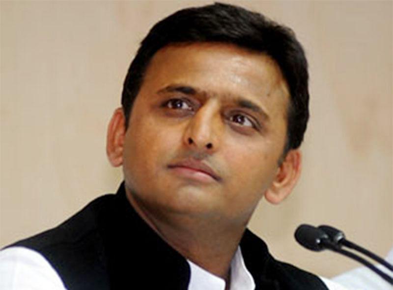 Akhilesh skips key meet  despite Shivpal's invite