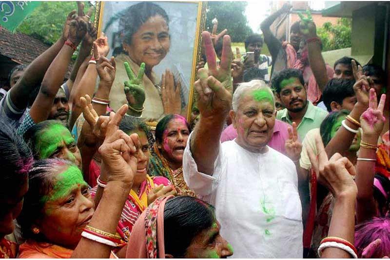Supreme Court Gives Mamata Banerjee Singur land acquisition for Nano plant