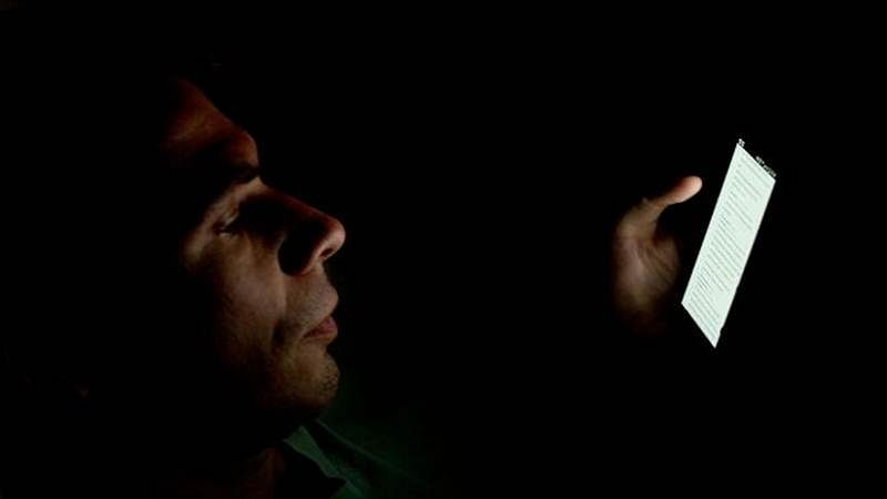 Smartphone addiction taking its toll on sleep: Study