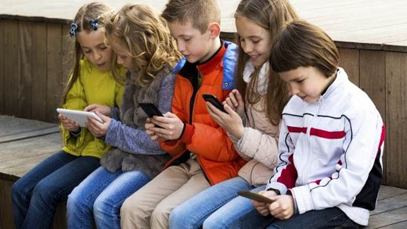 Why technology not hurting social skills of kids these days