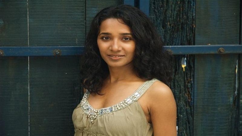 B-Town support Tannishtha over jokes on skin tone