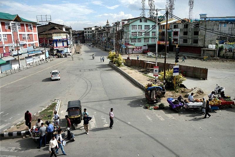Amit Shah blames Congress, Nehru for Kashmir dispute