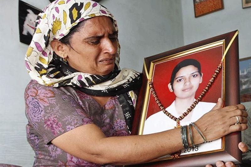 Court convicts man who threw acid on Delhi nurse