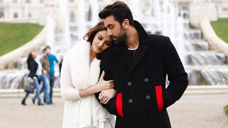Ranbir Kapoor-Aishwarya Rai Bachchan share lustful togetherness in Bulleya