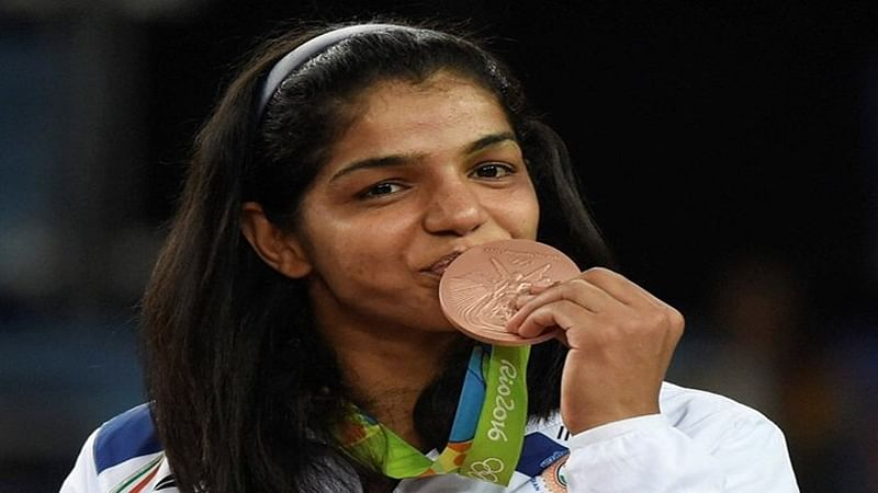 Sakshi enters top-5 in world rankings