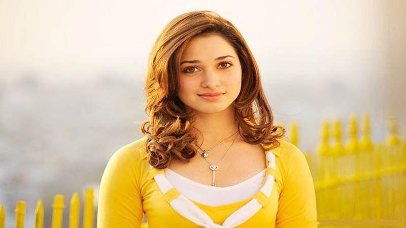 Tamannaah Bhatia signed in for 'Sye Raa Narasimha Reddy'