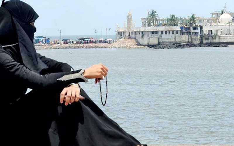 Haji Ali Dargah Trust to grant access to women in Mumbai