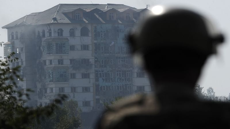 Pakistan: 2 policemen martyred in gunfight near Chinese Consulate in Karachi