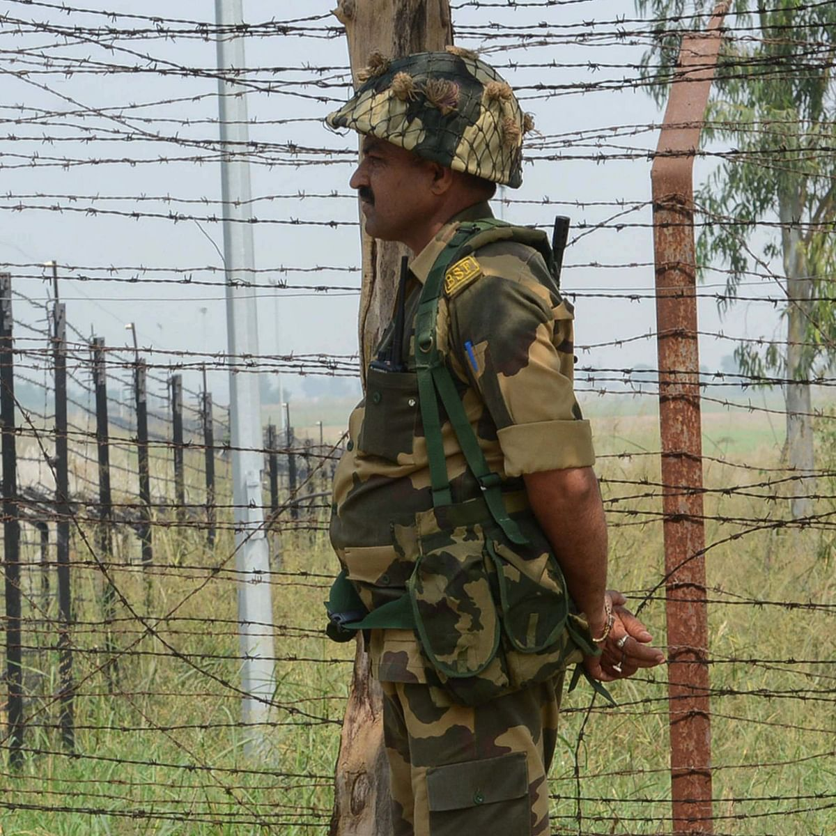 Pakistan violates ceasefire along LOC in Jammu and Kashmir's Poonch district