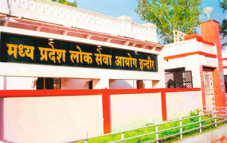 Vyapam tainted officers' appointment: MPPSC issues notices to 2 officials, whistle-blower cries foul