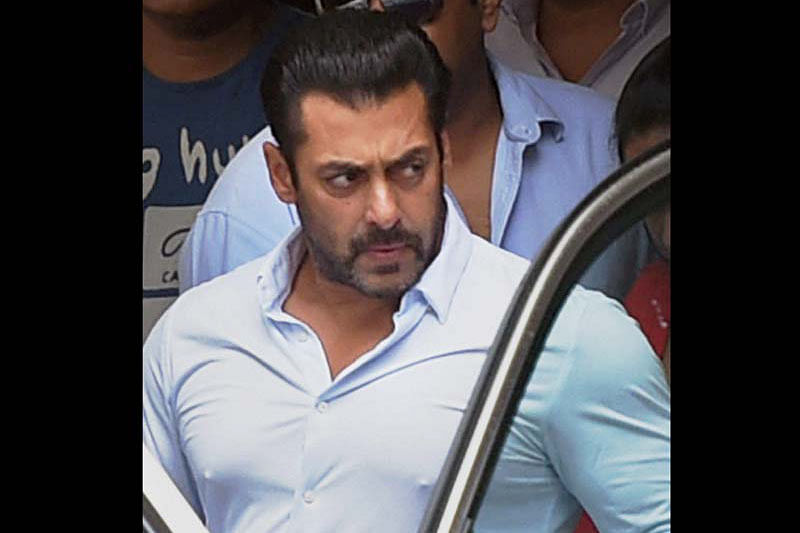 Salman Khan, B-Town take up cudgels for Pakistan actors