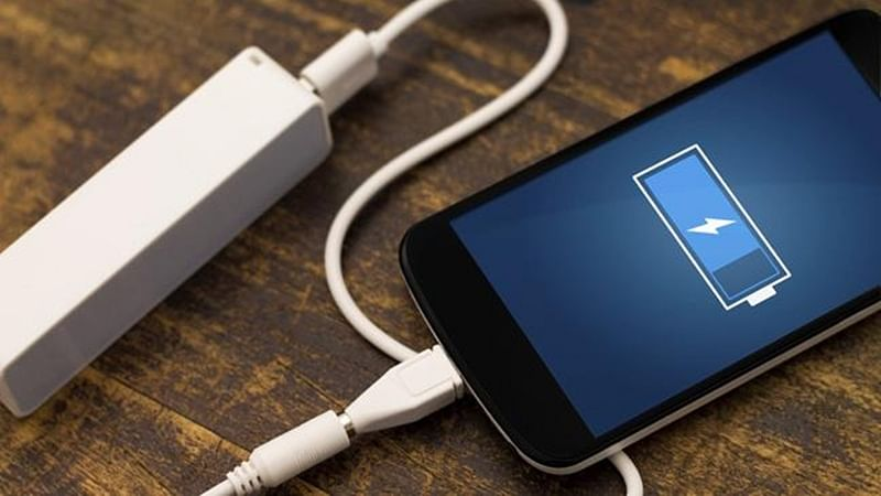 Smartphone batteries emit over 100 toxic gases: study