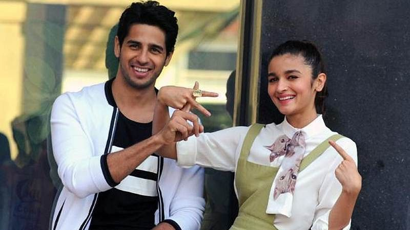 """""""Talk"""" is what Alia would do if stuck in elevator with Sidharth"""
