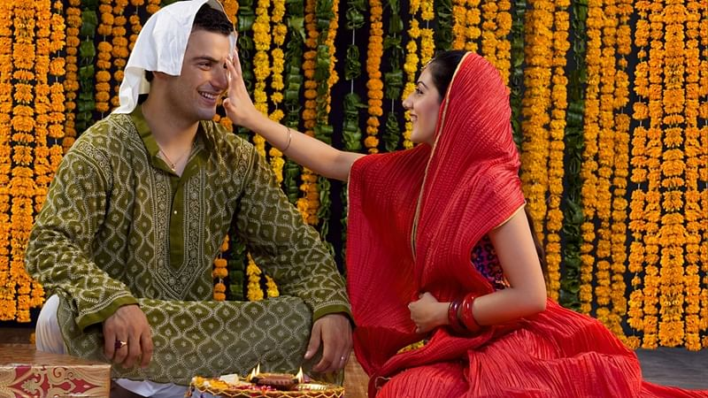 Bhai Dooj 2017: Significance, legend, ritual, tithi and all you need to know