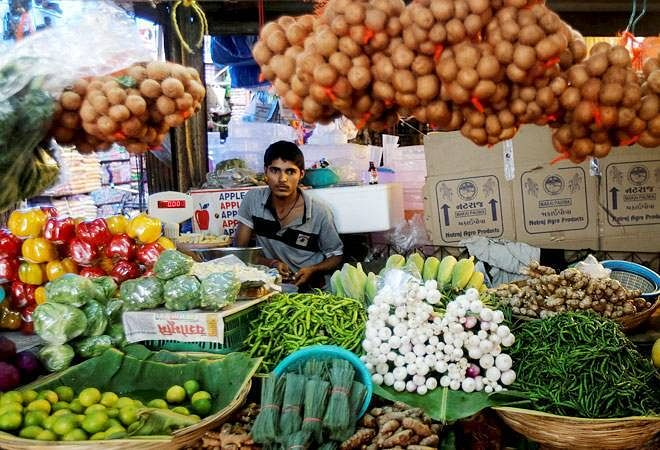 India's wholesale inflation eases