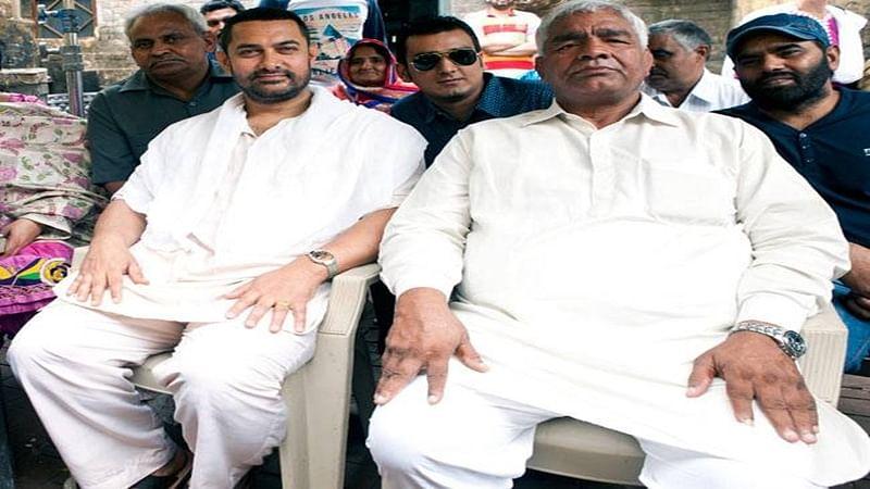 Mahabir Phogat congratulates Aamir Khan over Dangal trailer