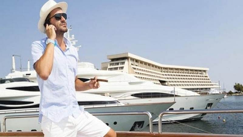 Rich people really do ignore you when they walk by: study