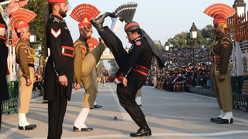 Stone throwing, anti-India slogans spoil Wagah border ceremony