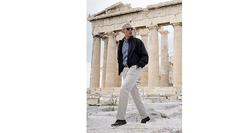 Obama hints at dangers  of 'crude nationalism'