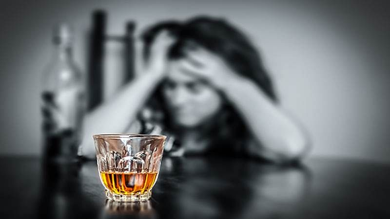 Why alcohol consumption increases during stress