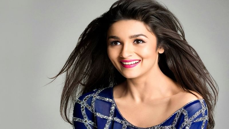 From 'Brainless Bimboo' to 'Beauty with Brain': Alia Bhatt garners 10 million Twitter followers