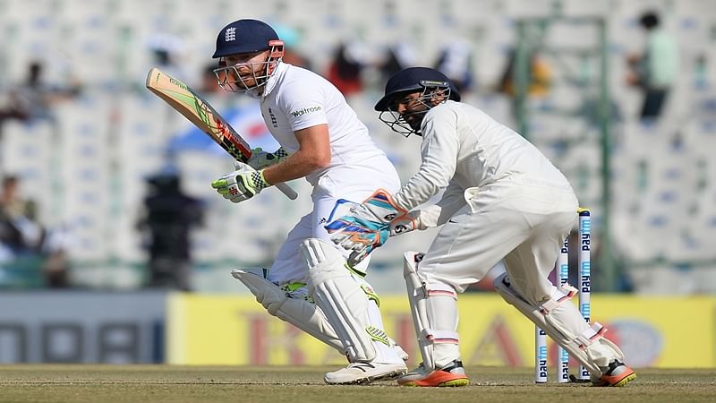 Jonny Bairstow carries rescue act as England reach 205/5 at tea