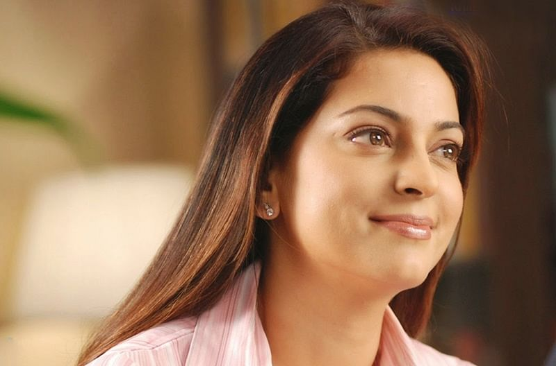Juhi Chawla urges CER in companies, this Earth day!