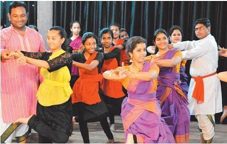 Bhopal: Artists learn nitty-gritty of Kuchipudi in workshop
