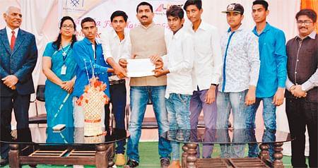 Indore: LNCT organises science exhibition