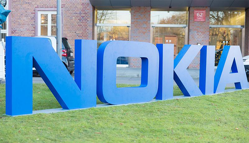 Nokia confirms  comeback in  smartphone biz