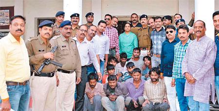 Ujjain: 11 members of notorious Pardi gang arrested, robbery bid foiled
