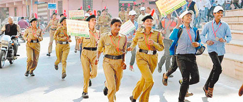 Ujjain: Cleanliness Awareness Run sees large turnout by Ujjain Municipal Corporation