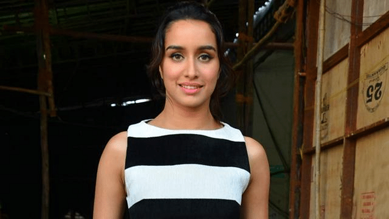 Shraddha Kapoor connects with Dawood's family