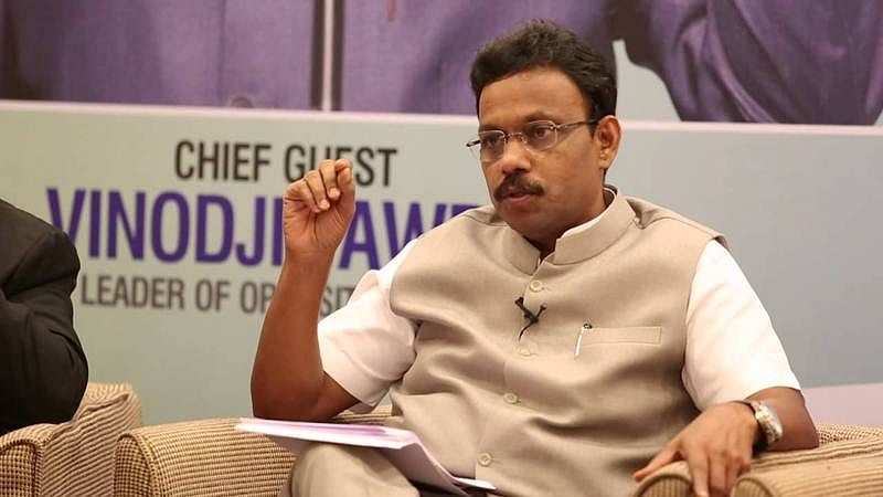 Mahrashra: HSC students not opting for engineering or medical, shouldn't be forced to study for JEE or NEET, says Vinod Tawde