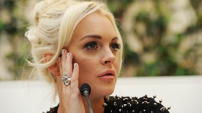 Lindsay Lohan splits with publicist
