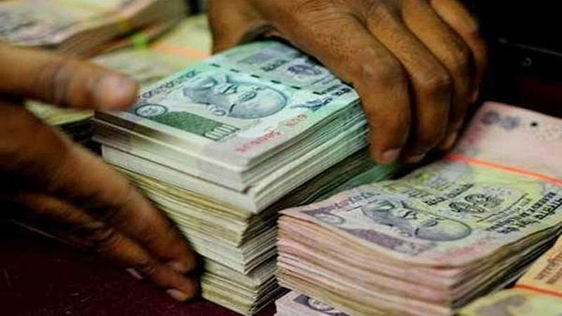 Thane: Couple arrested for trying to extort Rs 1 crore from IAS officer